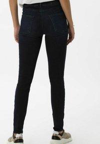 BRAX - STYLE ANA - Jeans Skinny Fit - used blue black - 2