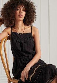 Superdry - Korte jurk - black - 1