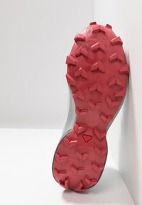Salomon - SPEEDCROSS 5 - Trail running shoes - illusion blue/stormy weather/garnet - 4
