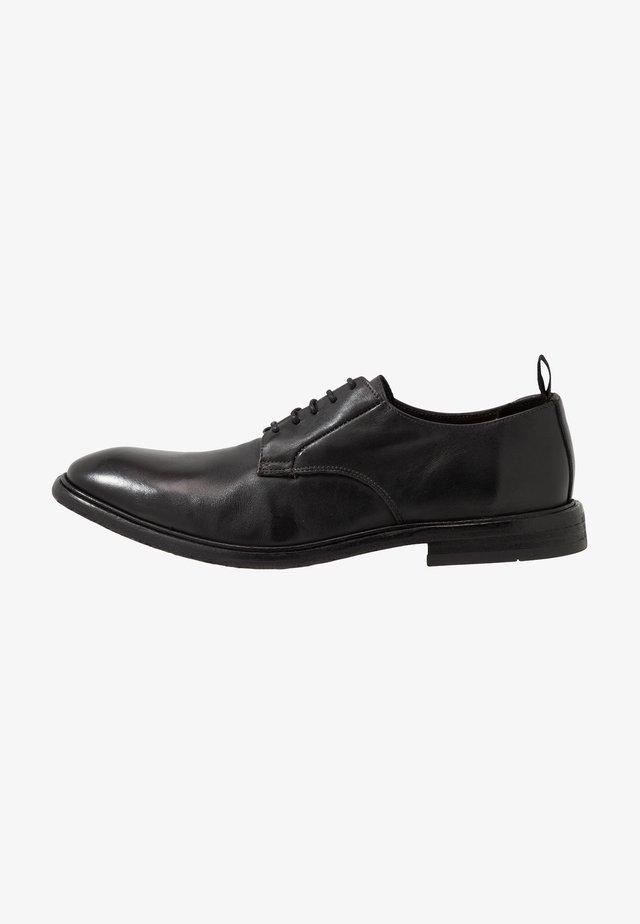 SENNA - Klassiset nauhakengät - black