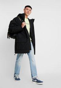 Carhartt WIP - HENDON  - Winter coat - black - 1