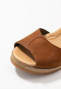 El Naturalista - LEAVES - Platform sandals - wood - 2