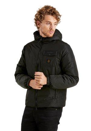 Winter jacket - mustan g
