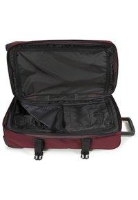 Eastpak - CORE COLORS - Wheeled suitcase - red/bordeaux/mottled bordeaux - 4