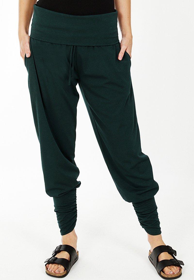 HotSquash - ROLL TOP HAREM YOGA - Pantalon classique - bottle green