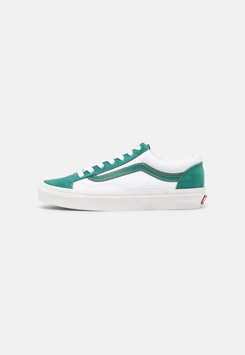 Vans - STYLE 36 UNISEX - Sneakers - cadmium green/true white