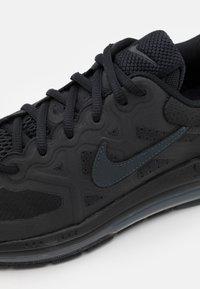 Nike Sportswear - AIR MAX GENOME - Tenisky - black/anthracite - 5