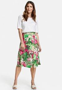 Gerry Weber - Wrap skirt - lila pink grün druck - 1