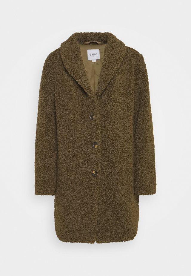 CINDY JACKET - Zimní kabát - army green
