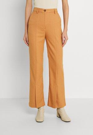 EMERY TROUSERS - Trousers - meerkat