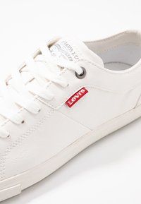 Levi's® - WOODS  - Baskets basses - brilliant white - 2