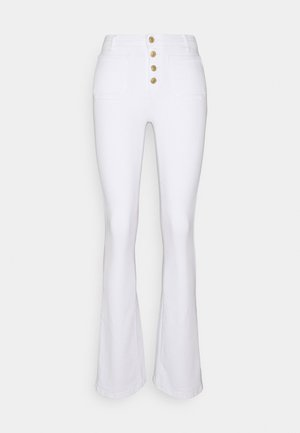 ONLPAOLA POCKET BUT LIFE  - Bootcut jeans - ecru