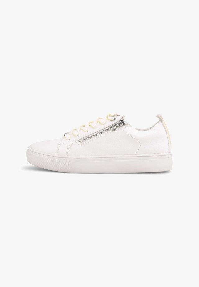 Sneakers laag - white-neon-yellow