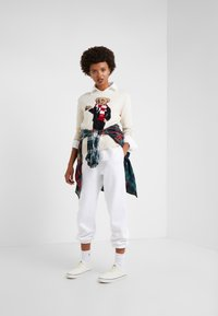Polo Ralph Lauren - SEASONAL  - Tracksuit bottoms - white - 1