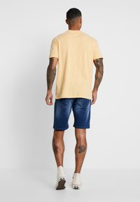 Redefined Rebel - SYDNEY TERRY - Denim shorts - rotos blue - 2