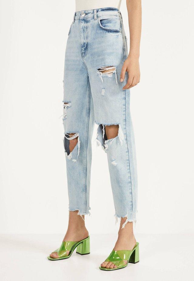 MIT RISSEN - Straight leg jeans - blue