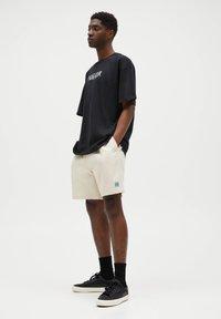 PULL&BEAR - Denim shorts - beige - 3