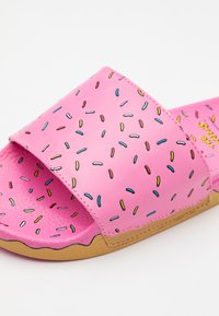 Vans - THE SIMPSONS UNISEX - Mules - multicolor - 5