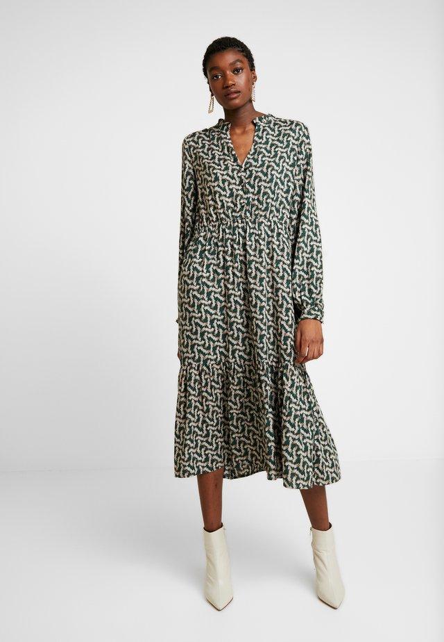 YASSYLVIA DRESS  - Korte jurk - green