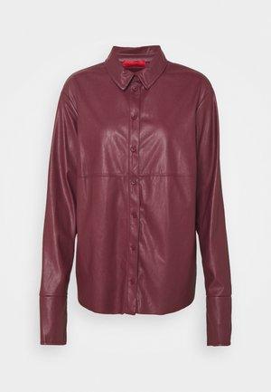 COMFORT - Button-down blouse - burgundy