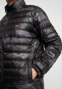 Levi's® - DEHON PUFFER - Gewatteerde jas - alvincamo pirate black - 5