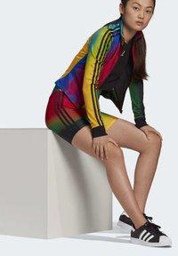 adidas Originals - PAOLINA RUSSO COLLAB SPORTS INSPIRED SLIM - Kraťasy - multicolor - 5