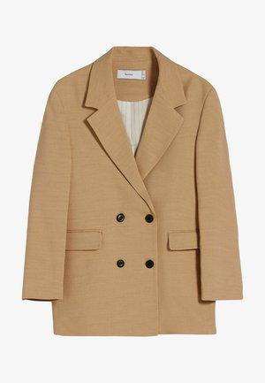 MIT MASKULINEM SCHNITT - Short coat - camel