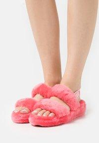 UGG - OH YEAH - Platform sandals - strawberry sorbet - 0