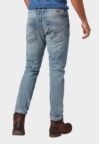 TOM TAILOR DENIM - CONROY TAPERED  - Jeans Tapered Fit - light stone blue denim - 2