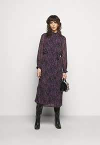 Bruuns Bazaar - GRACE SICI DRESS - Košilové šaty - grace artwork - 1