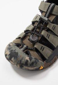 Keen - NEWPORT H2 - Chodecké sandály - dusty olive - 2