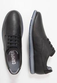 Camper - SMITH - Zapatos con cordones - black - 1
