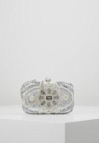 Mascara - Clutch - silver - 0