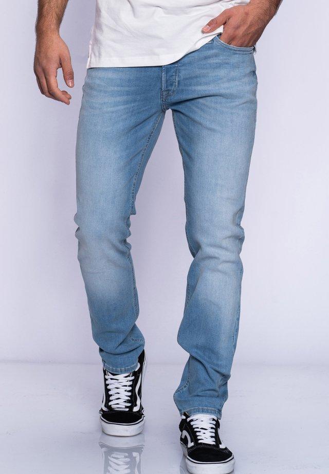JJGLENN JJARIS - Straight leg jeans - light blue denim
