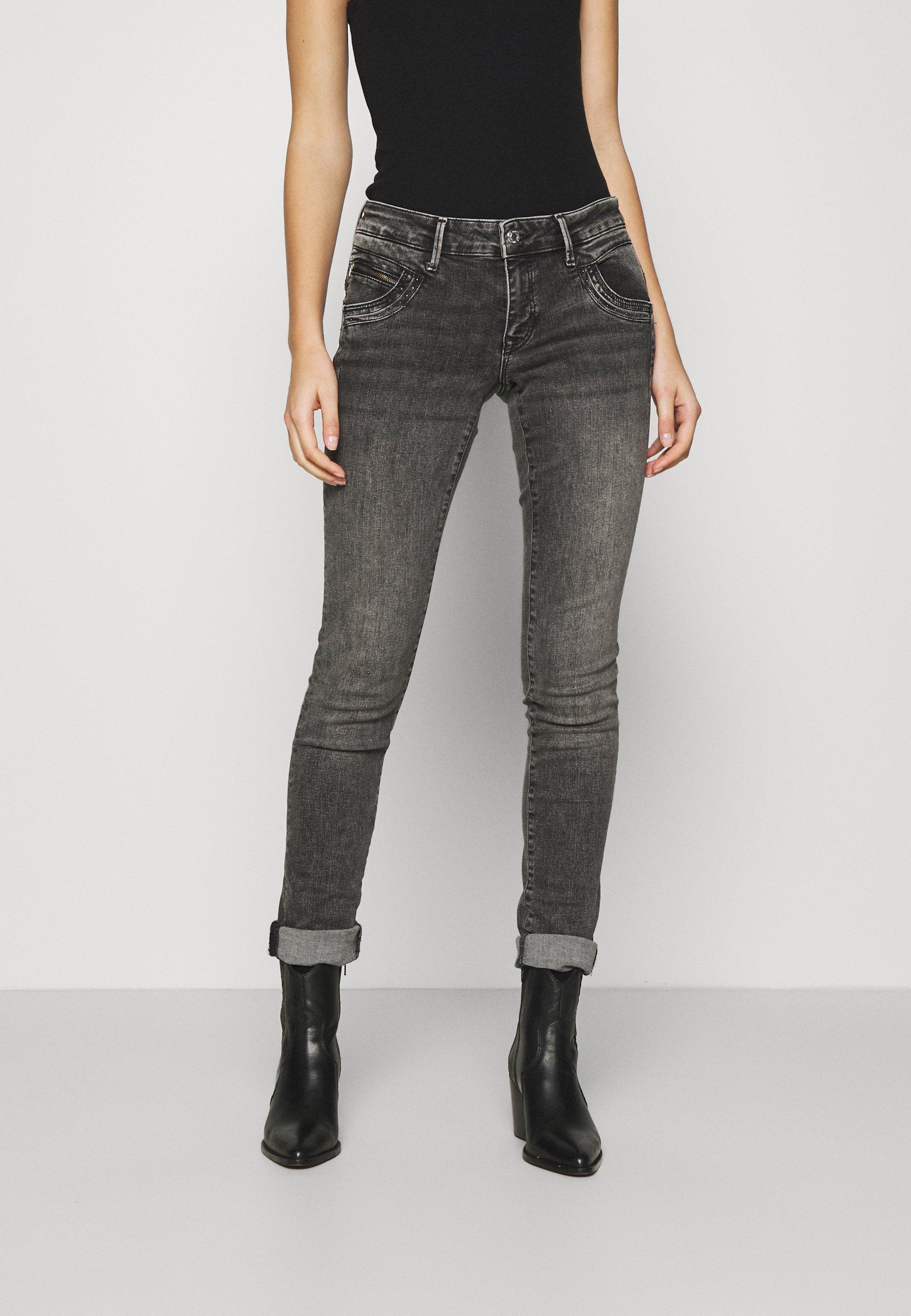 Women LINDY - Slim fit jeans