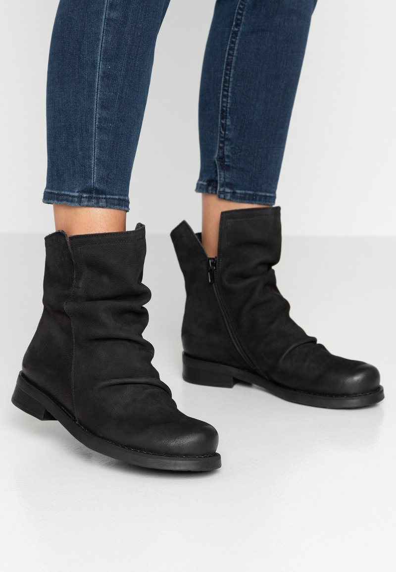 Felmini Wide Fit - SERPA - Classic ankle boots - pacific black