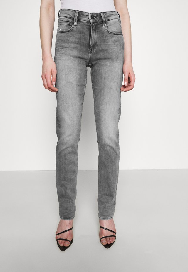 NOXER HIGH STRAIGHT - Straight leg jeans - faded seal grey