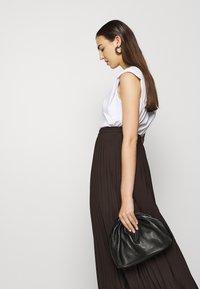 Selected Femme - SLFALEXIS SKIRT - A-line skirt - coffee bean - 3