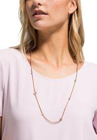 FAVS - Necklace - rosé - 0