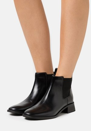 CASUAL CHELSEA - Ankelboots - perfect black