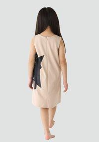 Rora - Korte jurk - beige - 1