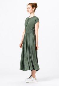 HALLHUBER - Jersey dress - seegrün - 1