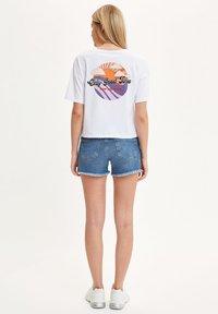 DeFacto - DEFACTO WOMAN BLUE - Denim shorts - blue - 2