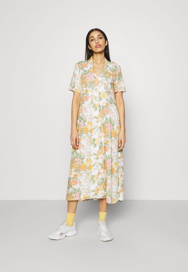 MATTAN DRESS - Shirt dress - white dusty light rosegarden