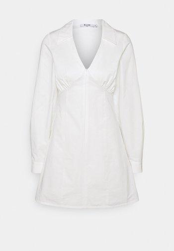 TAILORED MINI DRESS - Cocktail dress / Party dress - white