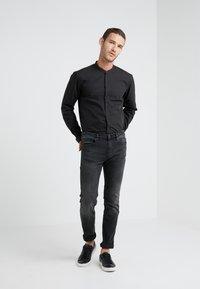 HUGO - ENRIQUE - Zakelijk overhemd - black - 1