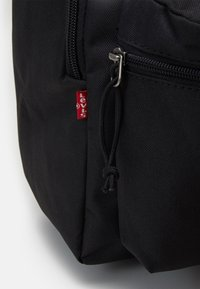 Levi's® - BASIC BACKPACK UNISEX - Rucksack - regular black - 3