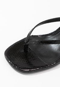 Steve Madden - MELROSE - T-bar sandals - black - 2