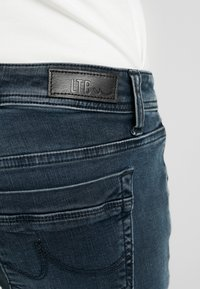 LTB - VALERIE - Jeans Bootcut - wash - 5