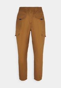 Tommy Jeans - JOGGER - Cargobyxor - desert khaki - 7